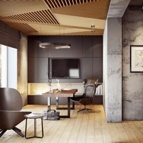Бетонные стены и деревянный потолок