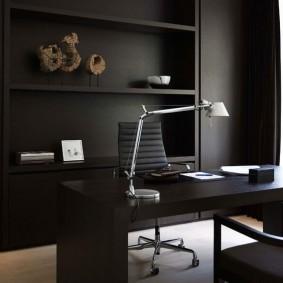 Черная мебель в домашнем кабинете