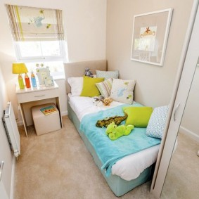 Картина над детской кроваткой для дочери