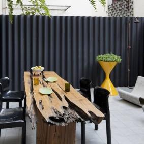 Садовый стол из массива дерева