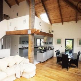 Кухонная зона в гостиной частного дома