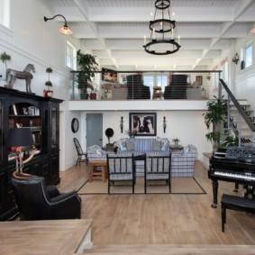 Черная мебель в интерьере зала