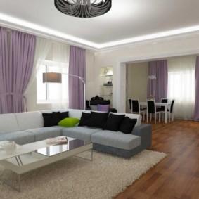Сиреневые занавески в интерьере комнаты