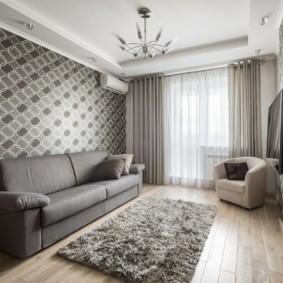 Серый диван прямой планировки