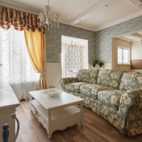 Деревенский интерьер гостиной комнаты