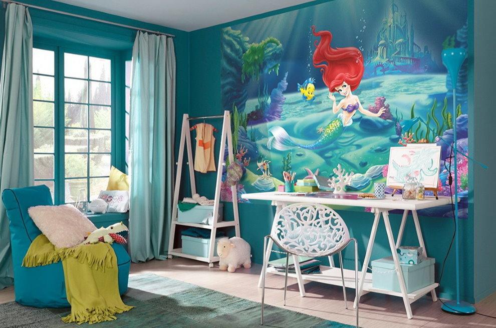 Фотообои с русалкой в комнате с синими стенами