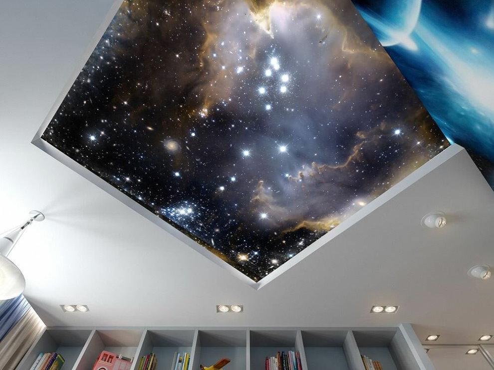 Изображение звезд на натяжном полотне в детской