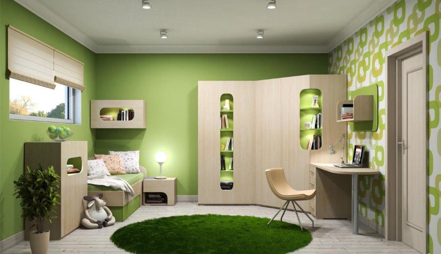 Зеленый коврик посередине детской комнаты