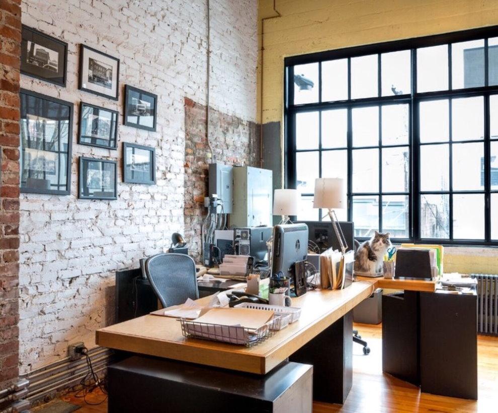 Домашний кабинет в стиле лофта