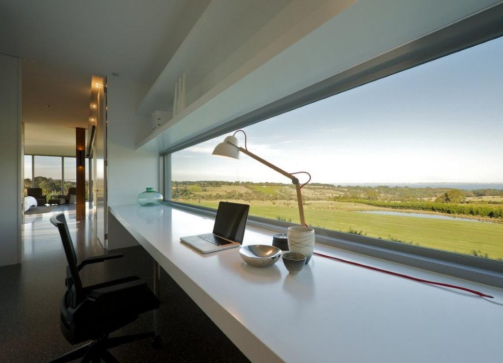 Домашний кабинет в духе минимализма