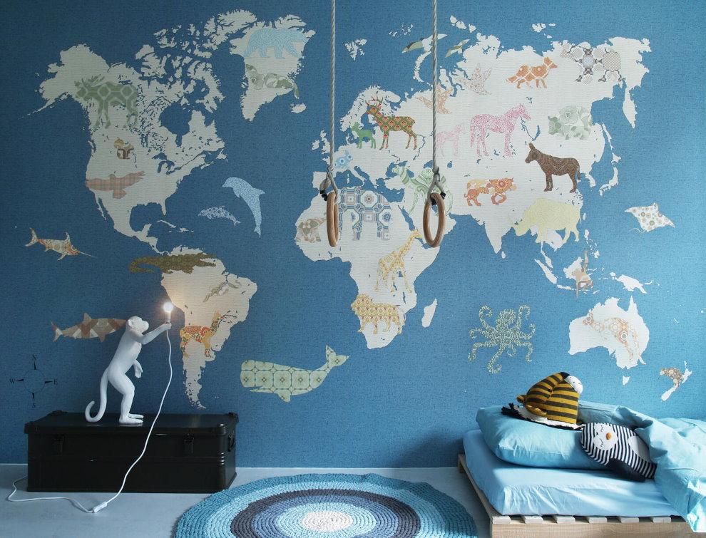 Карта мира на стене детской для мальчика