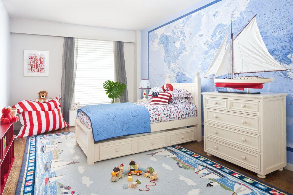 Карта мира на стене комнаты для мальчика