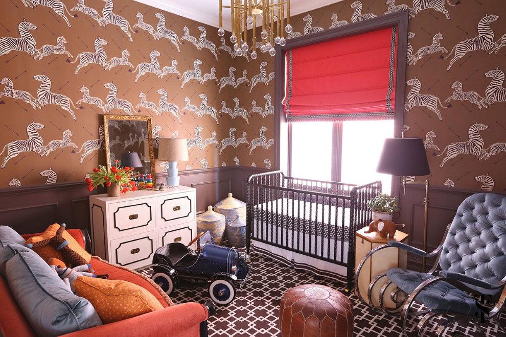 Коричневые стены в комнате новорожденного