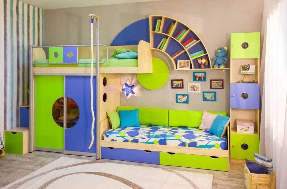 Корпусная мебель в детской для двоих