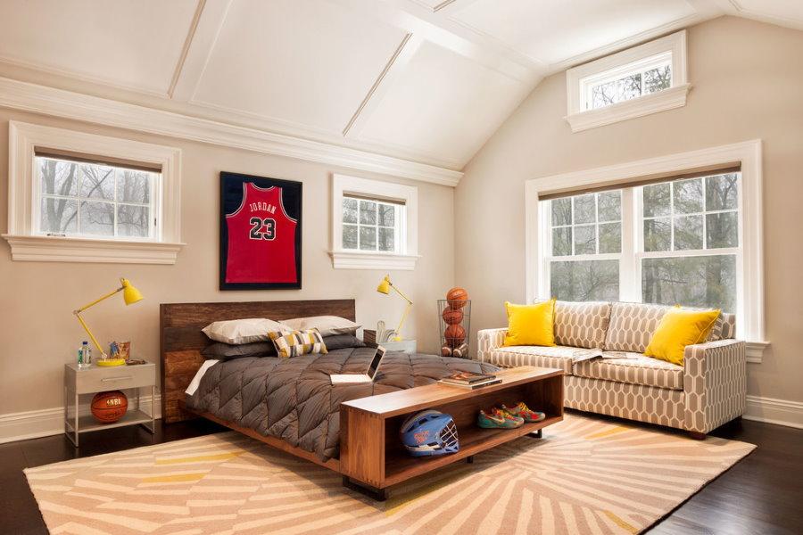 Строгий ковер на полу комнаты для подростка