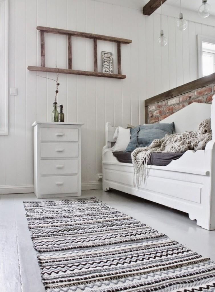 Узкий коврик в скандинавском стиле