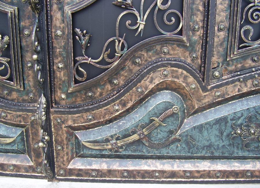 Кованные ворота в восточном стиле