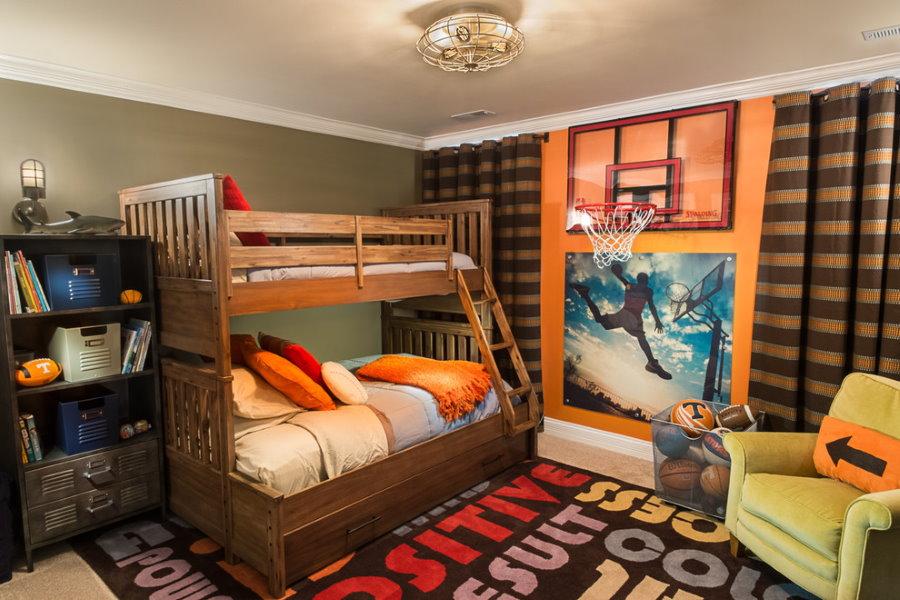 Деревянная кровать для двоих детей