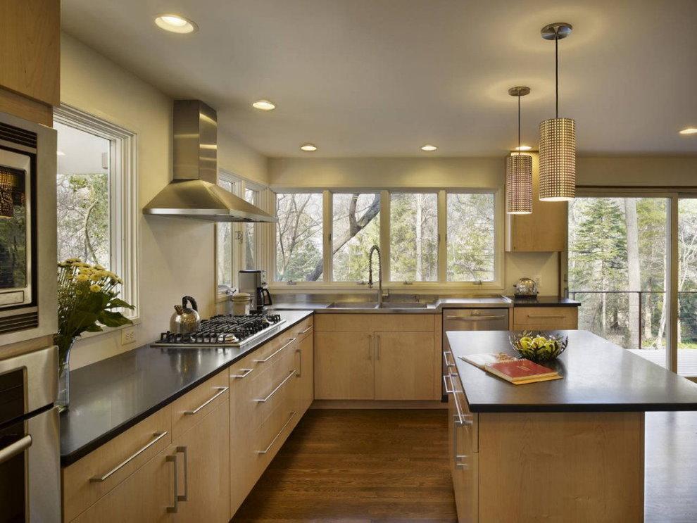 картинки кухни с большим окном конструкции