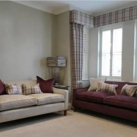 Два дивана в небольшой гостиной