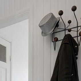 настенные вешалки в прихожую фото интерьера