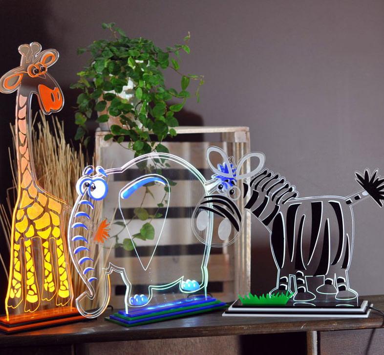 Интересные ночники из прозрачного пластика