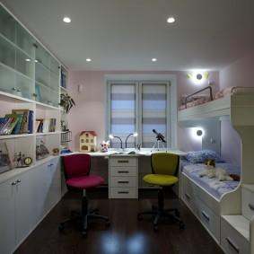 Точечные светильники на ровном потолке