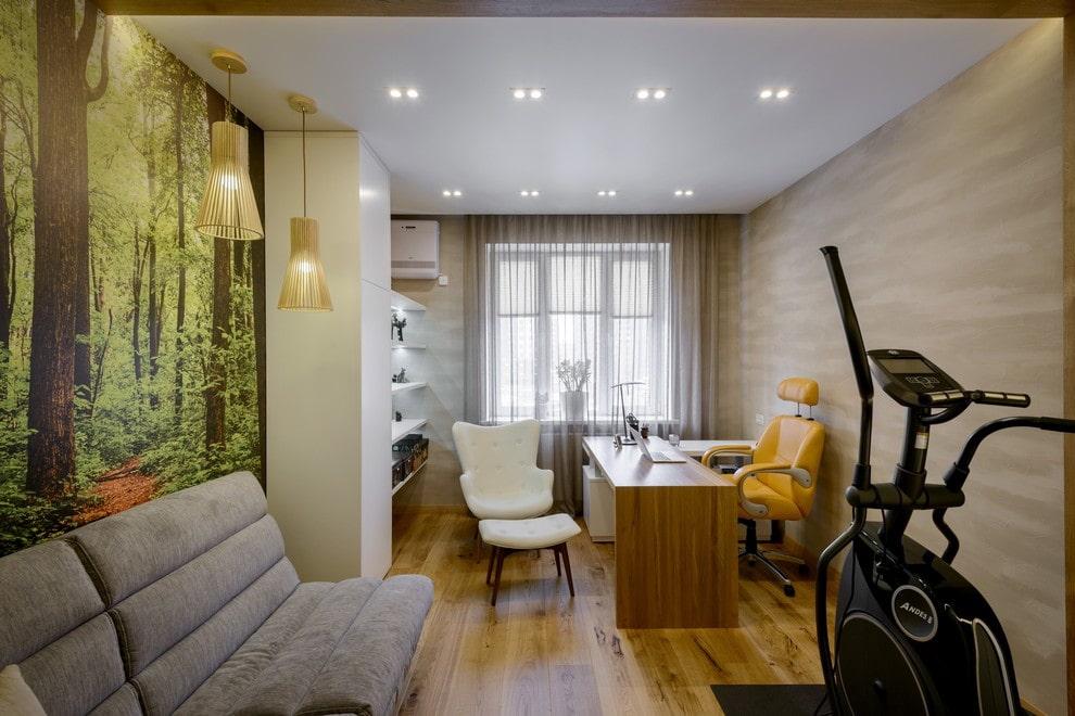 Встроенные светильники на потолке домашнего кабинета