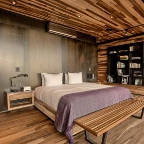 Отделка спальной комнаты натуральным деревом