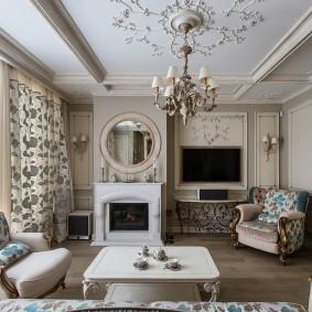 Декор потолка в неоклассическом стиле