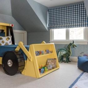 Детская кровать в виде бульдозера