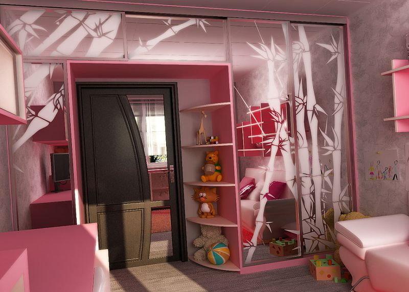 Розовый шкаф-купе в спальне девочки