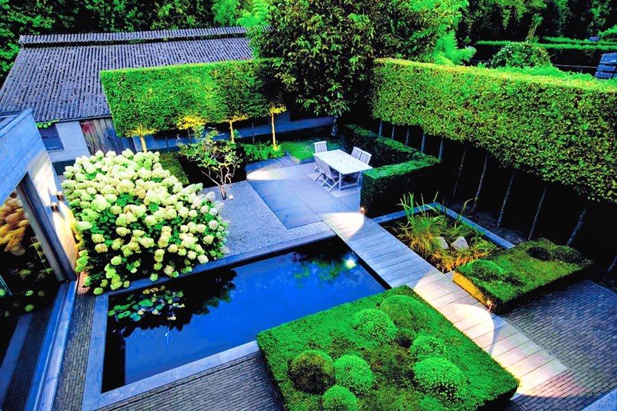 Прямоугольный сад в стиле хай-тек