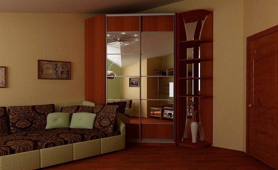 Зеркальный шкаф-купе в углу зала