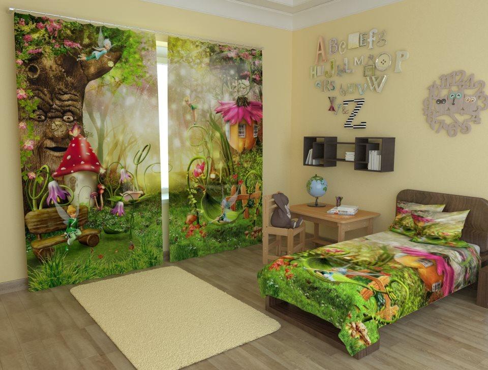 Сказочная фотопечать на шторах в комнате девочки