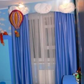 Атласные шторы с жестким ламбрекеном