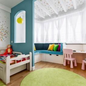 Небольшая перегородка в детской комнате