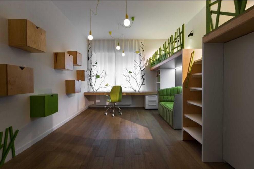 Подвесные полки на длинной стене в узкой комнате