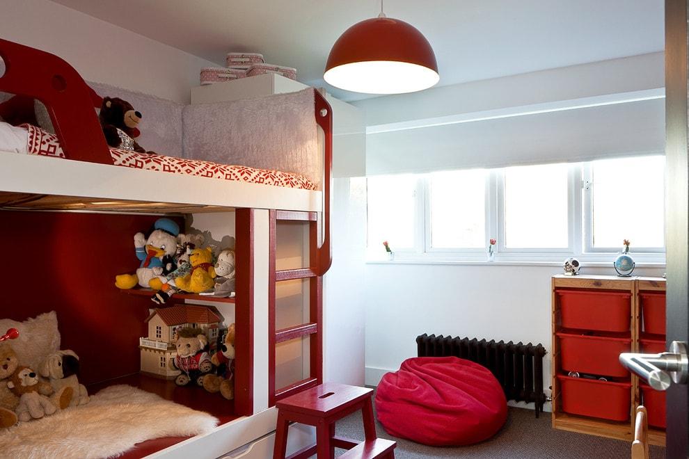 Простой светильники в детской спальне