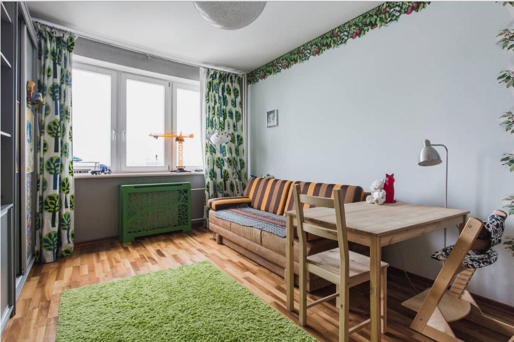 Зеленый орнамент на шторах в подростковой комнате