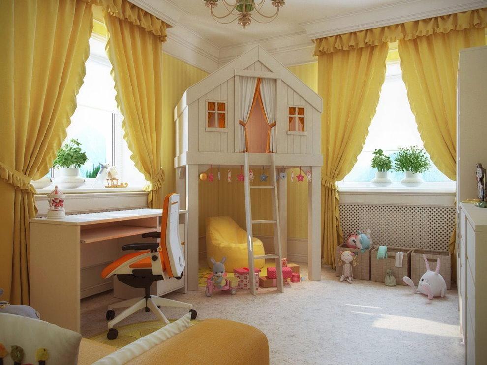 Желтые шторы с коротким ламбрекеном