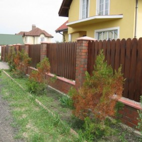 деревянный забор оформление фото