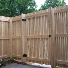 деревянный забор варианты