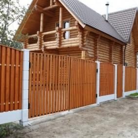 деревянный забор варианты фото