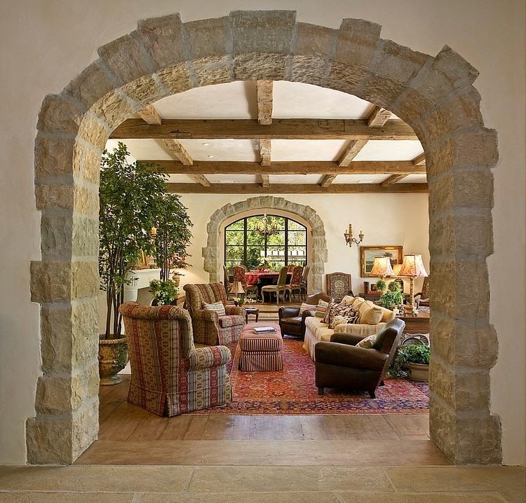 арка из камня классический стиль