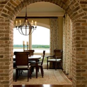 арка из камня в квартире идеи