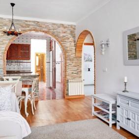 арка из камня в квартире декор фото