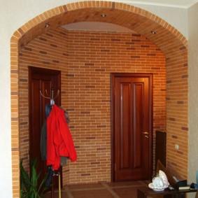 арка из камня в квартире фото виды