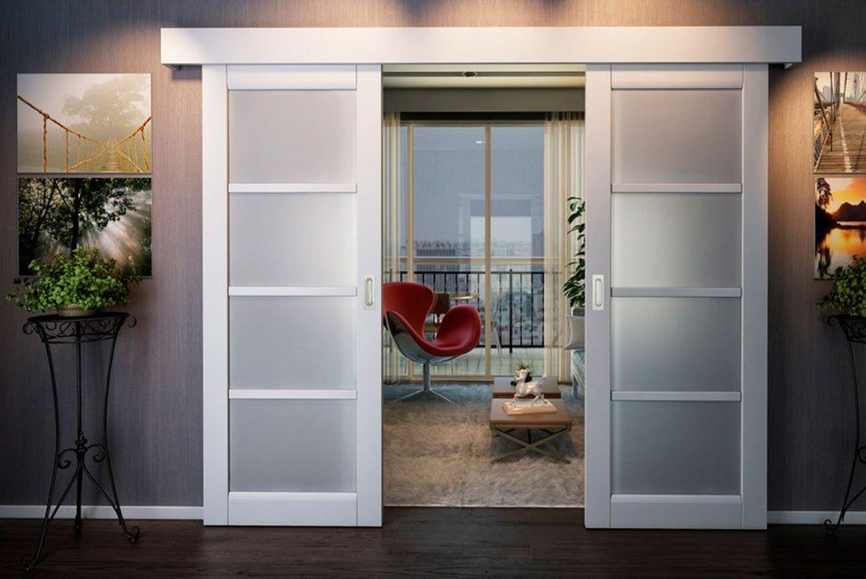 белые двери фото интерьера