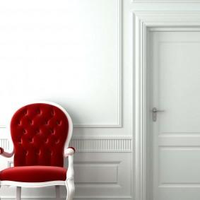 белые двери в квартире